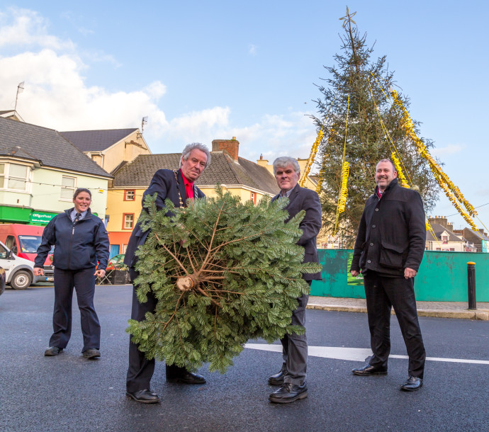 Limerick man seeks to retain Tree Throwing title